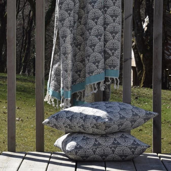 Cushion cover Uhaina Art Deco design