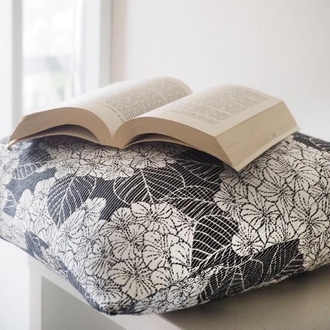 Cushion cover Bilbatu Hydrangeas jacquard weave