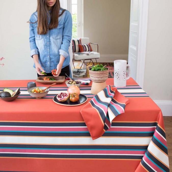 Bright and colourful Espelette cotton tablecloth