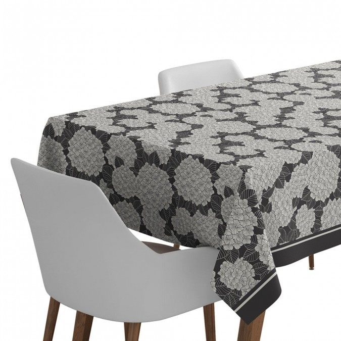 Tablecloth in Jacquard weave with hydrangea patterns