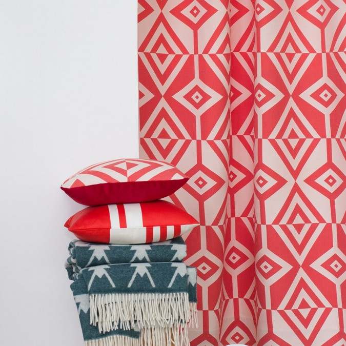 Cushion cover Artez red and white