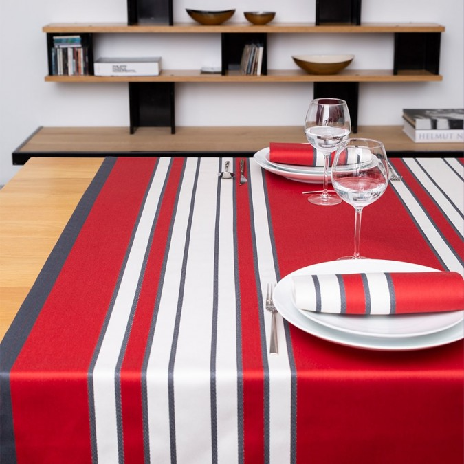 Mantel Espelette de alta gama y color rojo
