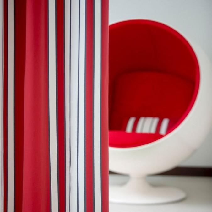 Cotton curtain Espelette red color
