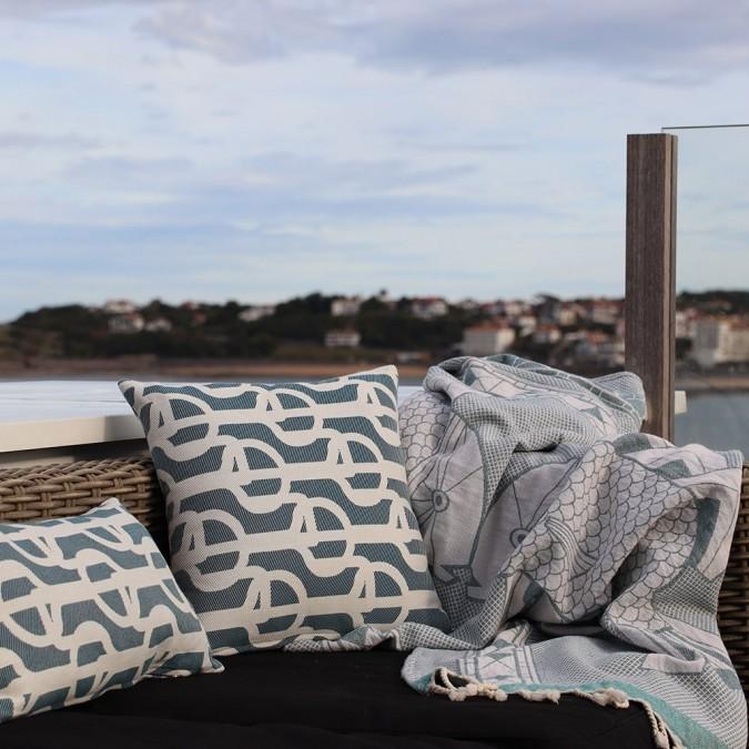 Cushion cover Amarra marine motifs