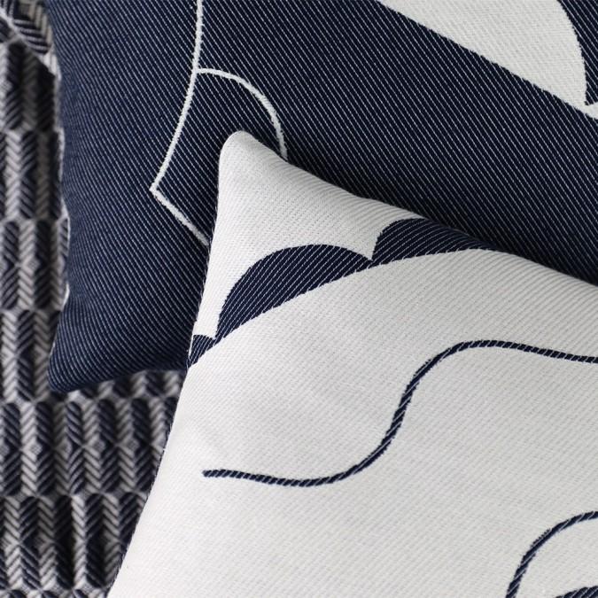 Cushion cover Mapoésie Arabesque white and blue